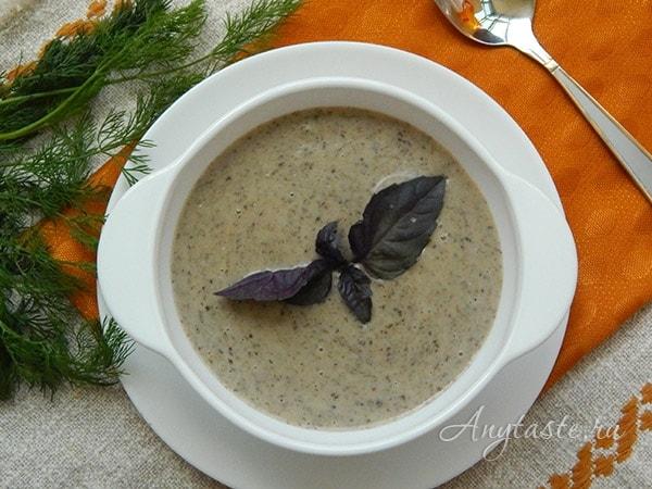 Суп-пюре из шампиньонов со сливками
